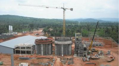 Fábrica de cemento, Xambioa, Brasil