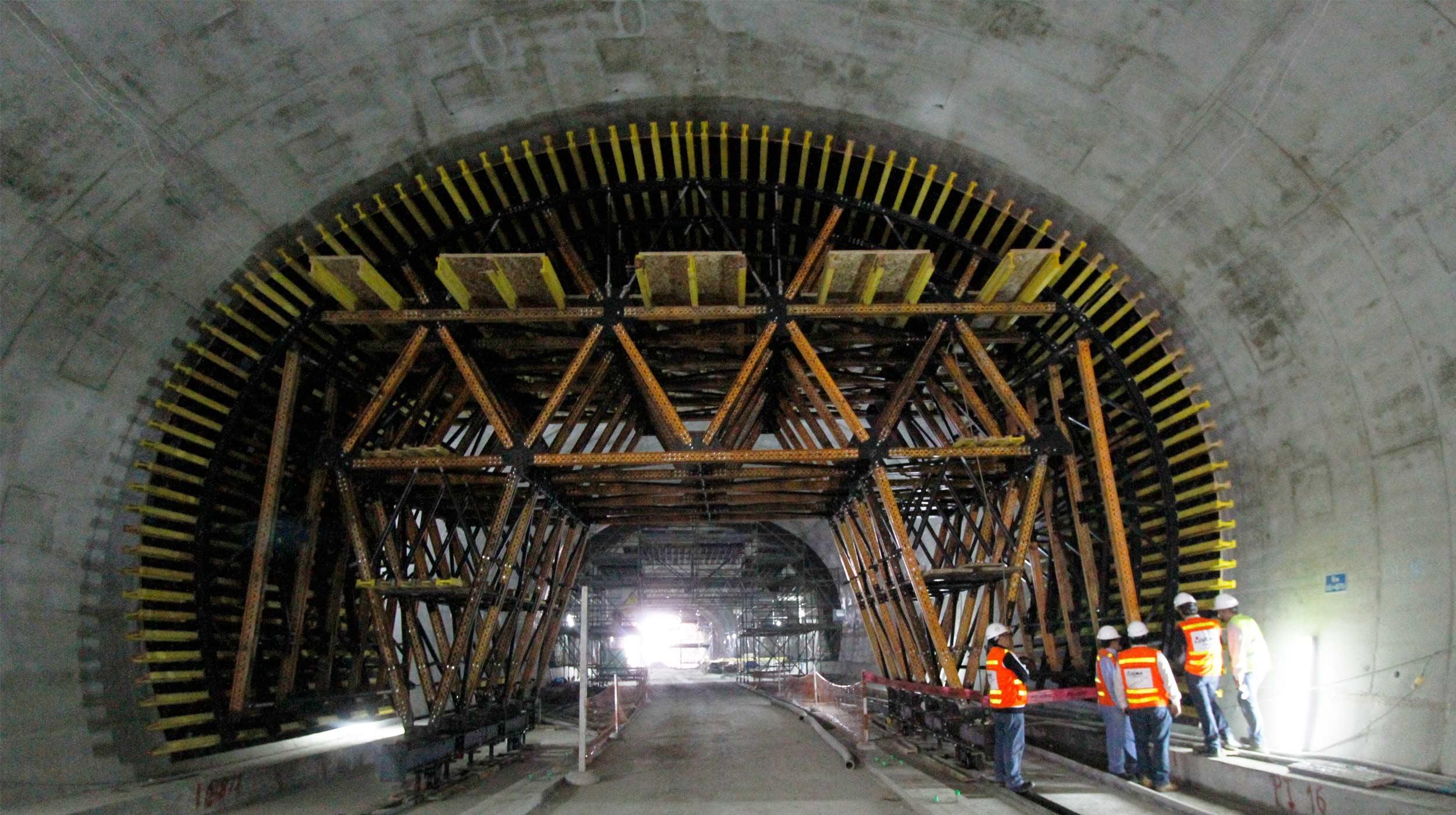 Con una solución estándar, con nuestros carros MK, hemos construido los dos túneles de manera ágil y reduciendo los costes para el cliente.