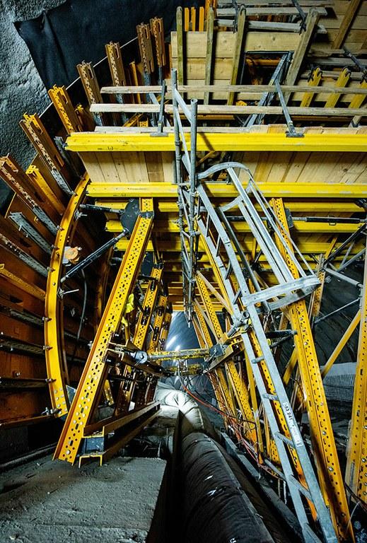 La construcción del túnel de carretera más largo de Polonia con el carro de moldaje MK
