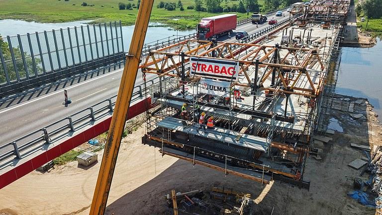 Flexibilidad y seguridad con el carro de voladizos sucesivos CVS en la construcción del Puente MS-4B de Polonia